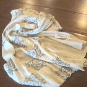 Gorgeous Giorgio Armani scarf